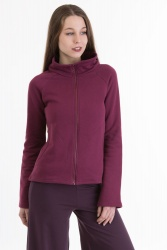 Corto Jacke wine berry